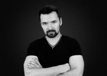Евгений Хлупин